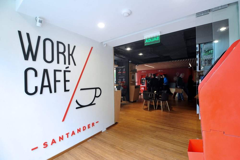 interiorismo corporativo Work Café Santander